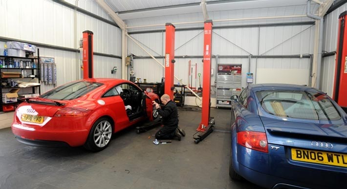 service & repair at Just Audi VW Lincoln